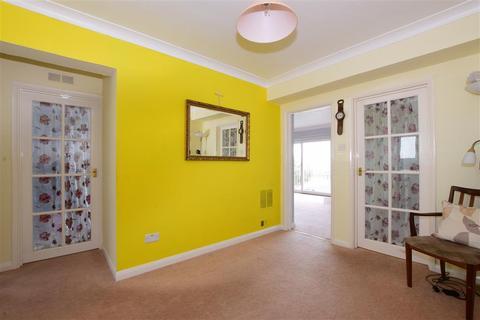 2 bedroom apartment for sale - Norfolk Square, Argyle Road, Bognor Regis, West Sussex