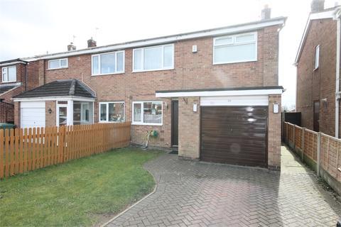 3 bedroom semi-detached house for sale - Orchard Way, Balderton, Newark, Nottinghamshire. NG24 3LU