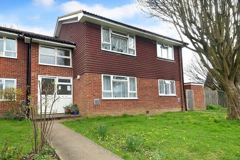2 bedroom apartment for sale - Smallfield, Surrey, RH6