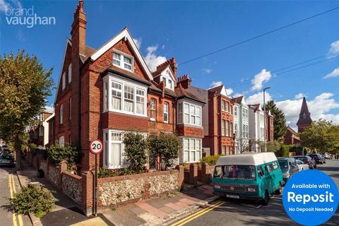 Studio to rent - Old Shoreham Road, Brighton, East Sussex, BN1