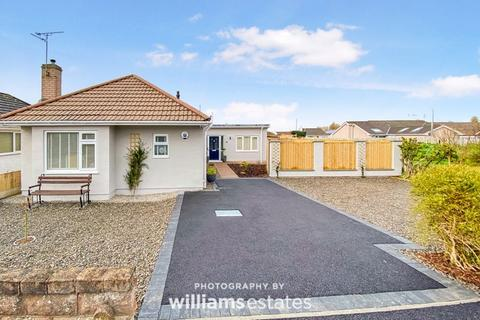 3 bedroom detached bungalow for sale - Canterbury Drive, Prestatyn