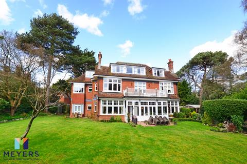 3 bedroom apartment for sale - West Overcliff Drive, Durley Chine, BH4