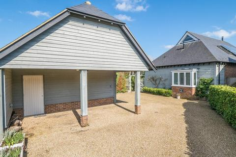 2 bedroom detached house for sale - Mount Lane, Bearsted, Maidstone