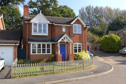 4 bedroom detached house to rent - Morlais, Emmer Green, Reading