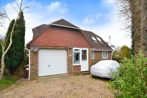4 bedroom detached bungalow for sale - Station Road, Berwick,