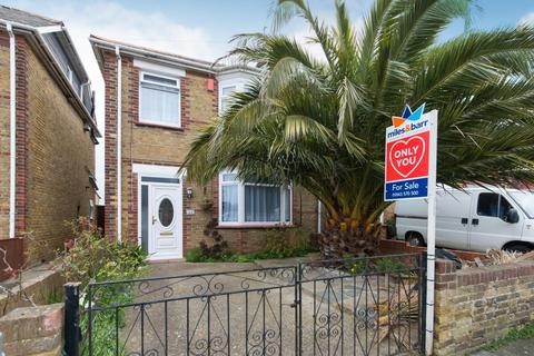 3 bedroom semi-detached house for sale - Warten Road, Ramsgate