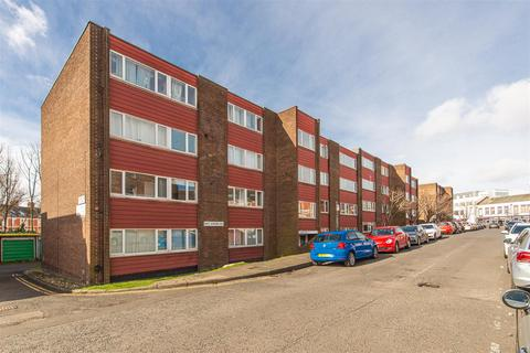 2 bedroom apartment for sale - Lonsdale Court, West Jesmond Avenue, Newcastle Upon Tyne