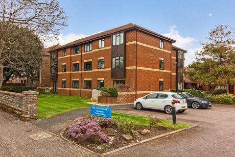 2 bedroom apartment to rent - The Courtyard, St. Botolphs Road, Worthing
