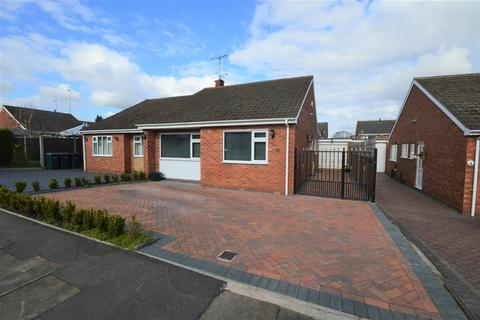 3 bedroom semi-detached bungalow for sale - Mantilla Drive, Styvechale Grange, Coventry