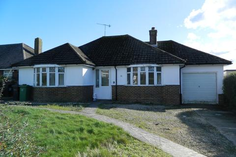 2 bedroom bungalow to rent - Wychurst Gardens, BEXHILL-ON-SEA, TN40