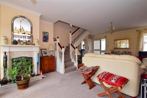 4 bedroom end of terrace house for sale - Haigville Gardens, Barkingside, Ilford, Essex
