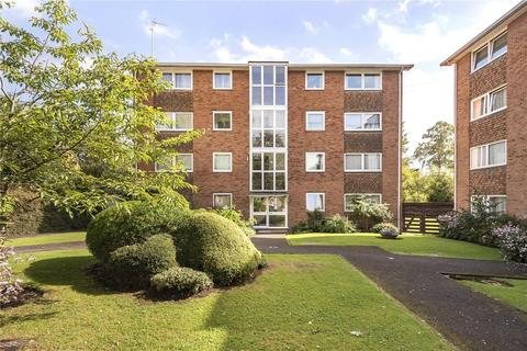 2 bedroom apartment for sale - Dell Farm Road, Ruislip, Middlesex, HA4