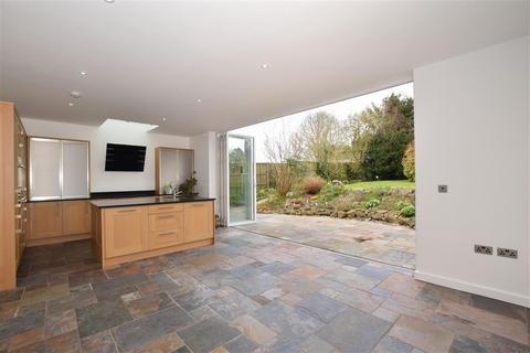4 bedroom bungalow for sale - Yeoman Way, Bearsted, Maidstone, Kent