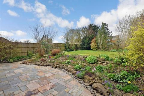 4 bedroom bungalow for sale - Yeoman Way, Bearsted, Maidstone, Kent