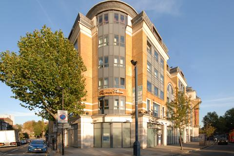 2 bedroom flat for sale - Greville Road, London, London NW6