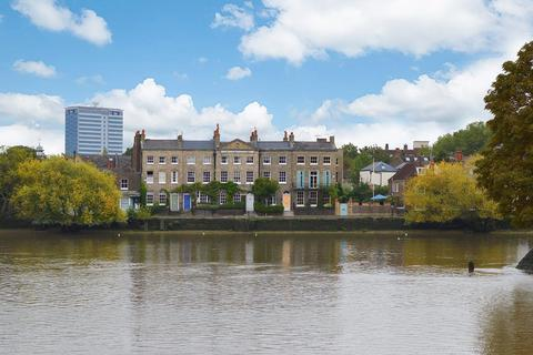4 bedroom house for sale - Strand On The Green, Chiswick W4