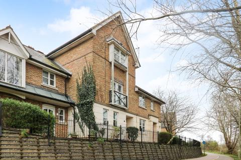 3 bedroom townhouse for sale - Mill Court , Town Centre, Ashford, TN24 8DN