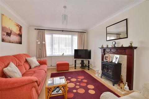 3 bedroom semi-detached house for sale - Reeves Close, Staplehurst, Tonbridge, Kent