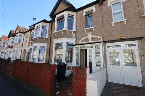 3 bedroom terraced house for sale - Hickling Road, Ilford, Essex, IG1