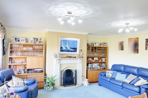4 bedroom townhouse for sale - Leigh Hunt Drive, London