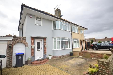 3 bedroom semi-detached house to rent - Roberts Road Lancing BN15