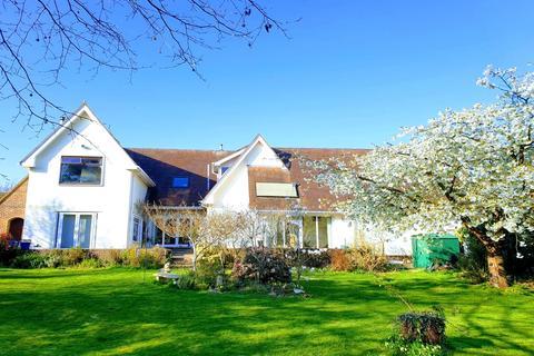 4 bedroom detached house for sale - Faenol Isaf, Tywyn, Gwynedd, LL36