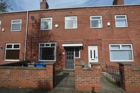 3 bedroom terraced house to rent - Mellor Street, Stretford, M32 0PP