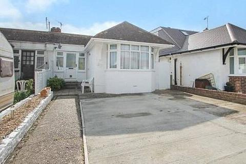 2 bedroom bungalow for sale - Bristol Avenue, Lancing, West Sussex, BN15
