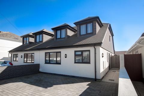 3 bedroom semi-detached house to rent - Capel Avenue, Peacehaven, East Sussex, BN10
