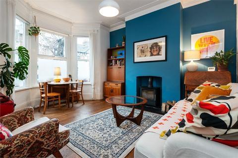 2 bedroom flat for sale - Colchester Road, Leyton, London