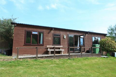 2 bedroom chalet to rent - Trenance Downs, St Austell, Cornwall