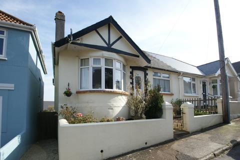 2 bedroom semi-detached bungalow - Elm Park   Paignton