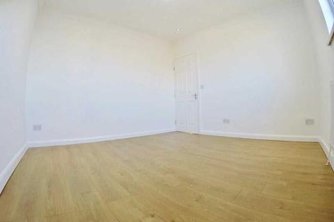 House share to rent - The Approach, Acton