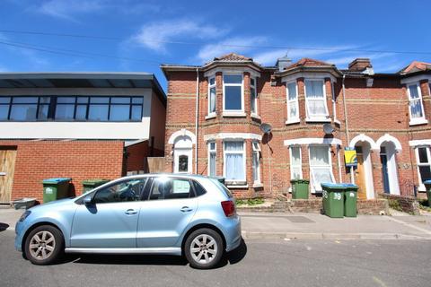 4 bedroom end of terrace house for sale - Livingstone Road, Southampton
