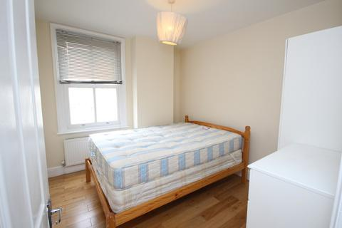 1 bedroom flat share to rent - Bethnal Green Road, Shoreditch, E2