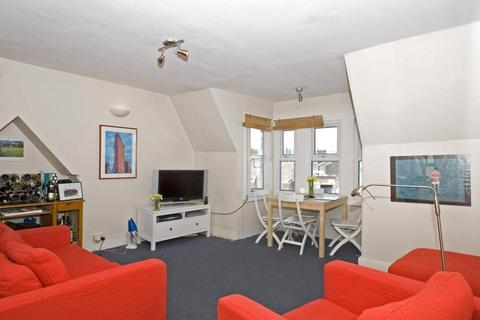 3 bedroom apartment to rent - Camberwell Road, London, SE5