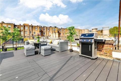 3 bedroom flat to rent - Redfield Lane, Kenway Village, London, SW5
