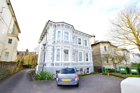 Studio to rent - 37 Upper Grosvenor Road, Tunbridge Wells, Kent, TN1