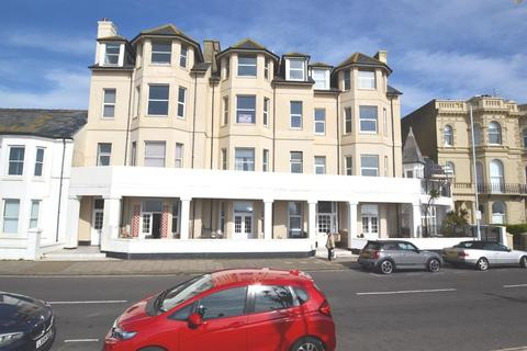 2 bedroom flat to rent - Claydon Court, Marine Parade, Worthing, BN11 3QG