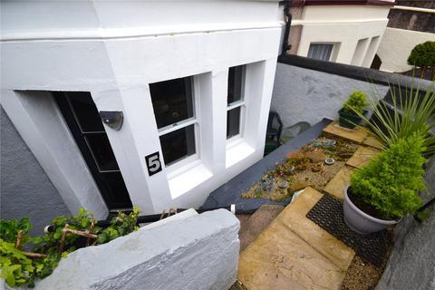 2 bedroom apartment for sale - Llewelyn Avenue, Llandudno, Conwy, LL30