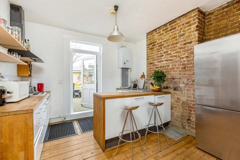 2 bedroom flat for sale - Friary Road, London SE15