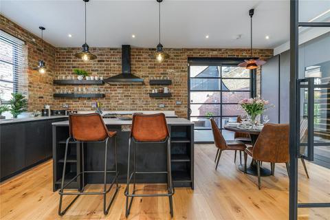 3 bedroom detached house to rent - Arlington Road, West Ealing, Ealing, London, W13