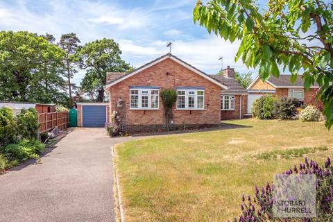 3 bedroom detached bungalow for sale - Waveney Drive, Norwich