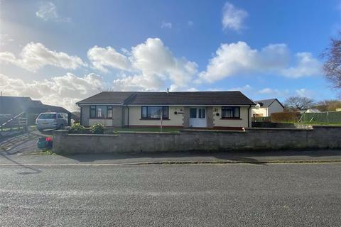 4 bedroom detached bungalow for sale - Pill Road, Hook, Haverfordwest
