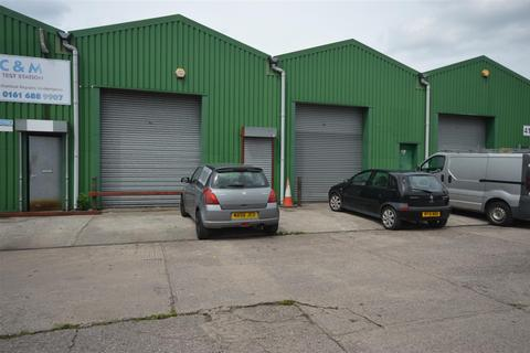 Industrial unit to rent - Commercial Unit to let 1,814 Sq Ft suitable for various trades