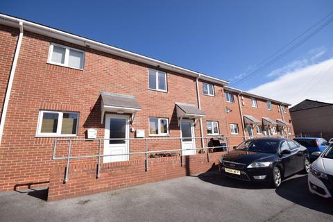 2 bedroom flat to rent - Chapel View, Llay, Wrexham