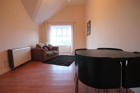 2 bedroom apartment to rent - The Mews, City Centre