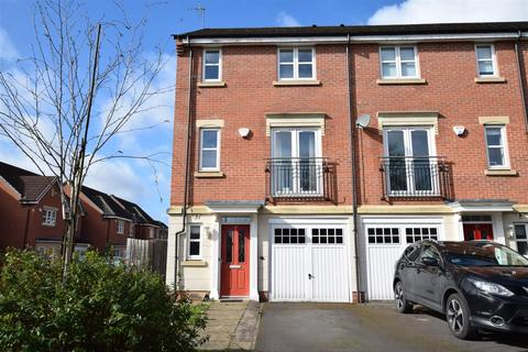 3 bedroom townhouse to rent - Angelica Close, Derby