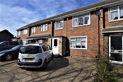3 bedroom terraced house to rent - Codenham Green, Basildon, Essex