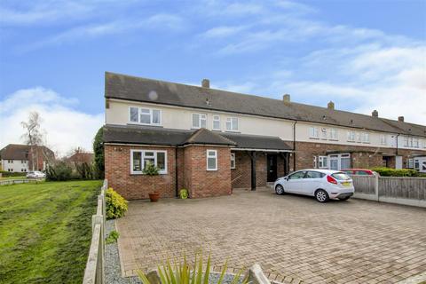 3 bedroom house for sale - Elizabeth Road, Pilgrims Hatch, Brentwood